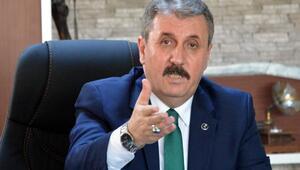 Desticiden CHPye: HDPli olmasına ses çıkarmıyor, devlet memuru olmasına itiraz ediyor