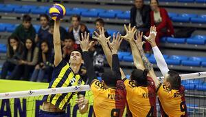 Voleybolda derbi mücadelesi Fenerbahçe ve Galatasaray...