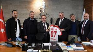 Antalyaspordan Başkan Böceke teşekkür