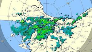 Meteoroloji uyarmıştı İstanbulda beklenen kuvvetli yağmur başladı