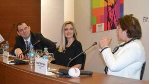 Sabiha Gökçen Havalimanı'nda Kadınlar Günü'ne özel konferans düzenlendi