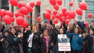 Adalet nöbetinin 49. haftasında gökyüzüne balon bıraktılar