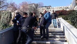 Bursada yürüyen merdiven ters yöne hareket etti: 7si öğrenci 8 yaralı