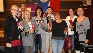 Kemerde Ruslar, ülkelerindeki başkanlık seçimi için oy kulandı (2)
