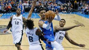 Westbrooktan bir triple double daha