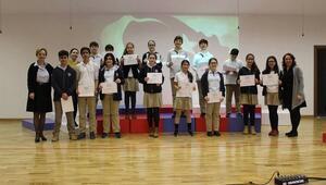 İstek İzmir Okullarından büyük başarı