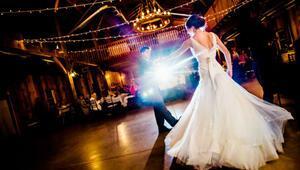 Ünlülerin en sıradışı düğünleri