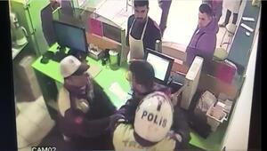 Gaziantepte polisten bıçaklı gözaltı iddiası kamerada