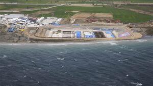 Çanakkale Köprüsü inşaatında denize iniliyor