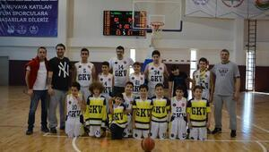 GKV Basketbol Takımı bölge şampiyonu