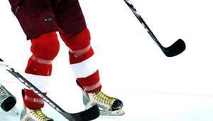 Erzurumda buz hokeyi heyecanı