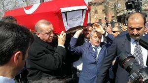 Eski Bakan Hasan Celal Güzel için TBMMde tören düzenlendi (2)