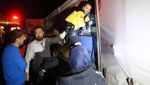 Kamyona arkadan çarpan TIRın sürücüsü öldü