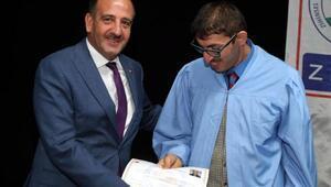 Gölbaşı Belediye Başkanı Fatih Duruay, ZİÇEV öğrencilerine diploma verdi
