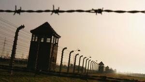 Auschwitzde idrarını yapan İsrailliye ceza