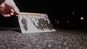 Düğünden dönen aile kaza yaptı... Bu fotoğraf da yolda bulundu