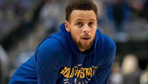 Kerr: Currynin oynaması mümkün değil