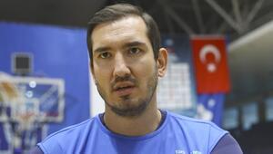 Milli basketbolcu Kaya Pekerin acı günü