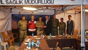 Kaymakamdan, sınırda görevli Umke personeline yemek