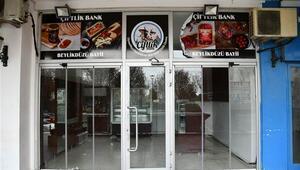 İstanbuldaki Çiftlik Bank şubesi bu hale geldi... 1 milyon 200 bin lira yatırdım