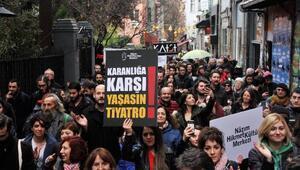 Tiyatrocular Kadıköyde yürüdü