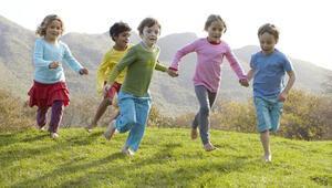 Eskiden interneti olmayan çocukları eğlendiren 5 aktivite