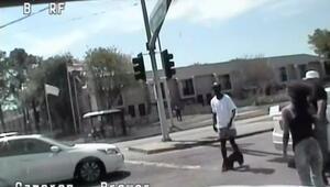 ABDde polis pantolonu inik halde yürüyen siyah adamı öldürdü