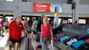 İngiliz turistlere papatyalı karşılama