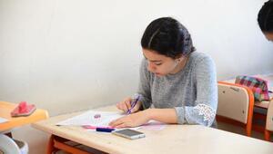 Adana Büyükşehir Belediyesi Eğitim Merkezlerinde 22 bin kişilik deneme sınavı