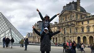 Pariste aşk tazelediler Ünlü çiftin hafta sonu kaçamağı