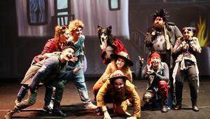 İstanbul Şehir Tiyatroları'nda bu hafta 14 oyun sahnelenecek