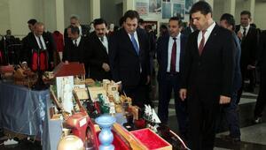 Hükümlerin el emeği ürünleri, Bursa Adliyesinde satışa sunuldu