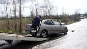 Çavdarhisarda iki otomobil çarpıştı: 1 ölü, 1 yaralı