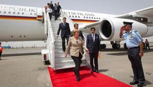 Almanyada başbakanlar arasında seyahat rekoru Merkel'de