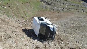 Ağrıdaki 2 kazada 13 kişi yaralandı