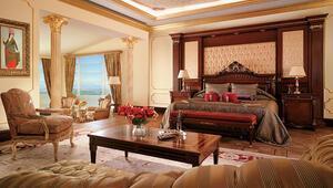 Rixos, ünlü otelin peşinde