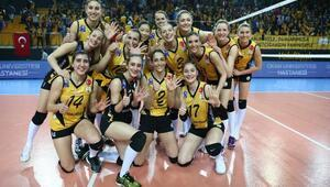 VakıfBank, CEV Şampiyonlar Liginde yarı finale yükseldi