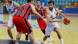 Selçuklu Belediyesi Basketbol takımı galibiyete kilitlendi