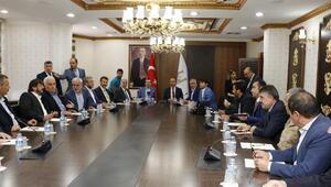 KİT Komisyonu, göçerlerin sorununu masaya yatırdı