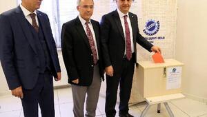 KAYSO Başkanı Mehmet Büyüksimitci güven tazeledi