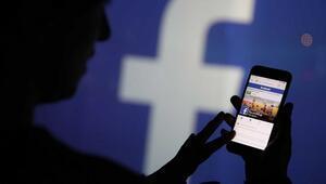Facebook, Zuckerberge yollanan mesajları siliyor