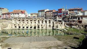 Yozgat'ta 2 bin yıllık Roma Hamamı gün yüzüne çıktı