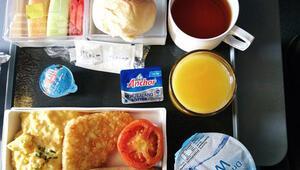 Lezzetli yemekleriyle yolcularını şaşırtan 7 havayolu