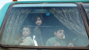 Doğu Gutadan tahliye edilenler Fırat Kalkanı bölgesine yerleşiyor