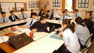 TEVİTÖL'de IB ve İngilizce hazırlık gitti, sınava hazırlık geldi
