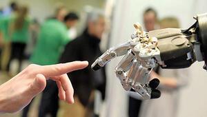 Robotla seks zombi yapar
