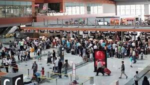 İstanbul metropollerin nüfusundan fazla yolcuyu ağırladı