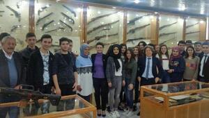 Kırıkkale Lisesi öğrencileri, MKE Silah Sanayi Müzesi'ni gezdi