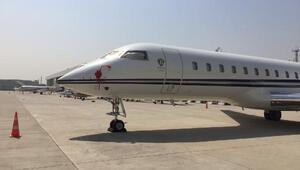 Mina Başaranın ismi hangar ve uçağın üstüne yazıldı