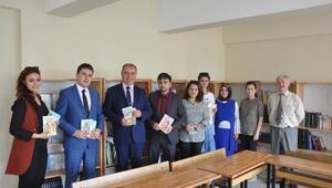 UEDAŞ, 13'üncü kütüphanesini İnegöl'de açtı
